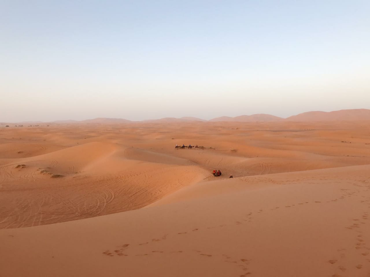 4 Days Tour from Fes to Marrakech by Merzouga desert road